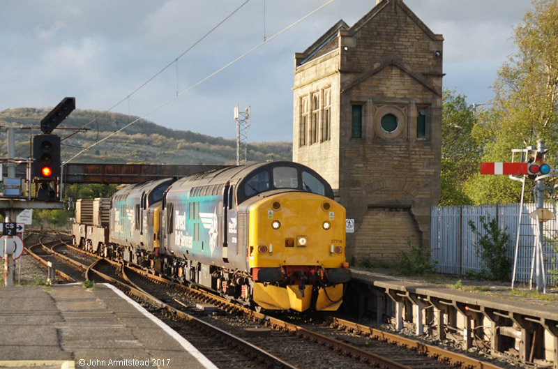 DRS Class 37 at Carnforth