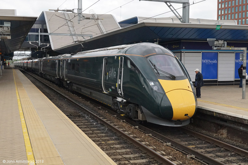 Class 800 IET at Reading