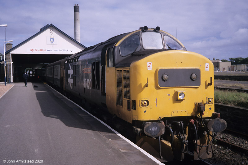 Class 37 at Wick